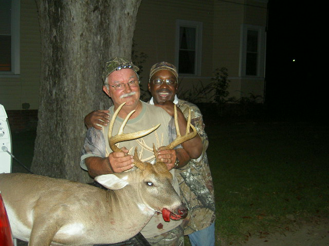 Bee Reaves -- 200 Lb -- 8 Point